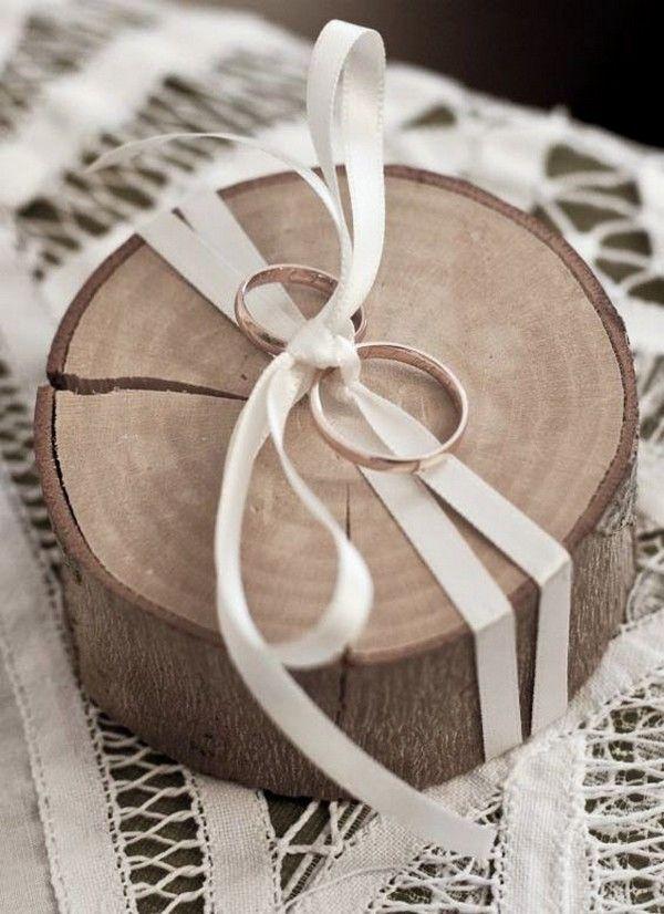 Top 10 rustikale hölzerne Eheringkissen, die Sie lieben werden   – Hochzeit – s…