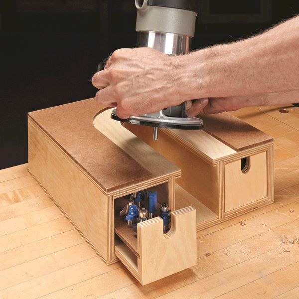 Router storage dit in french cleat in een schuif de for Wood router and table