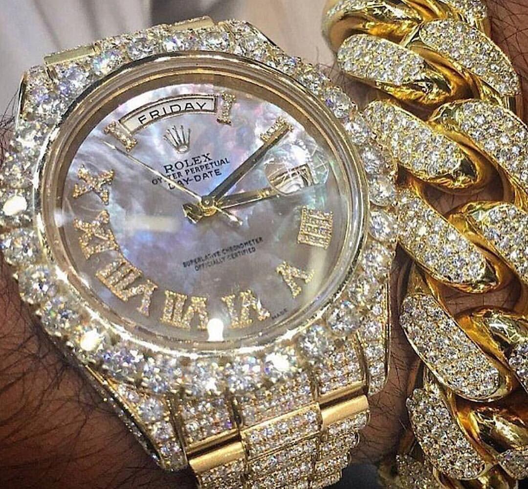 Frozen❄  Icyclout  Icy  Icedout  Diamondsdancing  Frozen  Gold  Diamonds  Vs   Vvs  Cuban  Miamicuban   Necklace  Chain  Bracelet  Pendant  Migos   Lilpump ... fd0bc114b8