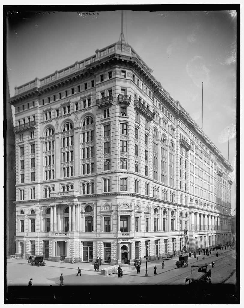 The Metropolitan Life Insurance Company Building, New York ...