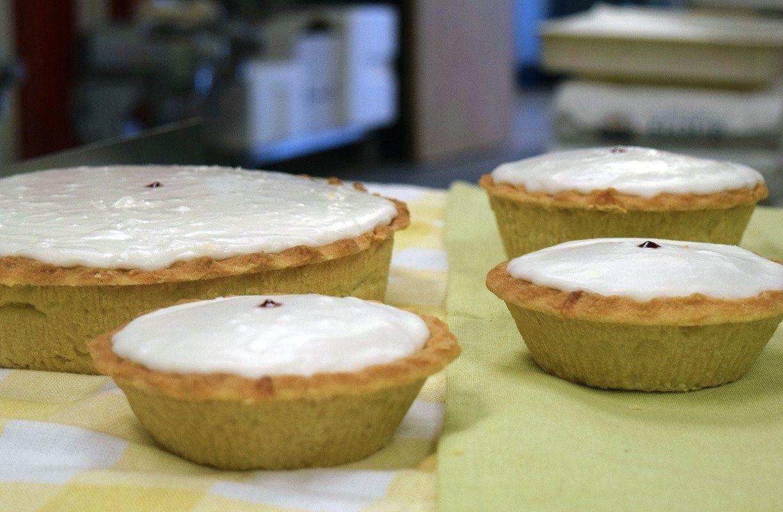 Bakewell tart almond cakes sweet pastries bakewell tart