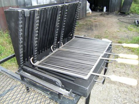 Vente barbecue gril vertical bbq en fer forg for Fabrication barbecue exterieur