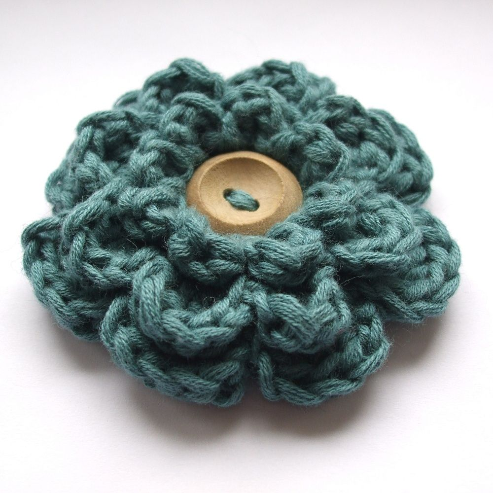 Easy Knitting Ideas Pinterest : Free easy crochet patterns frothy flower very berry
