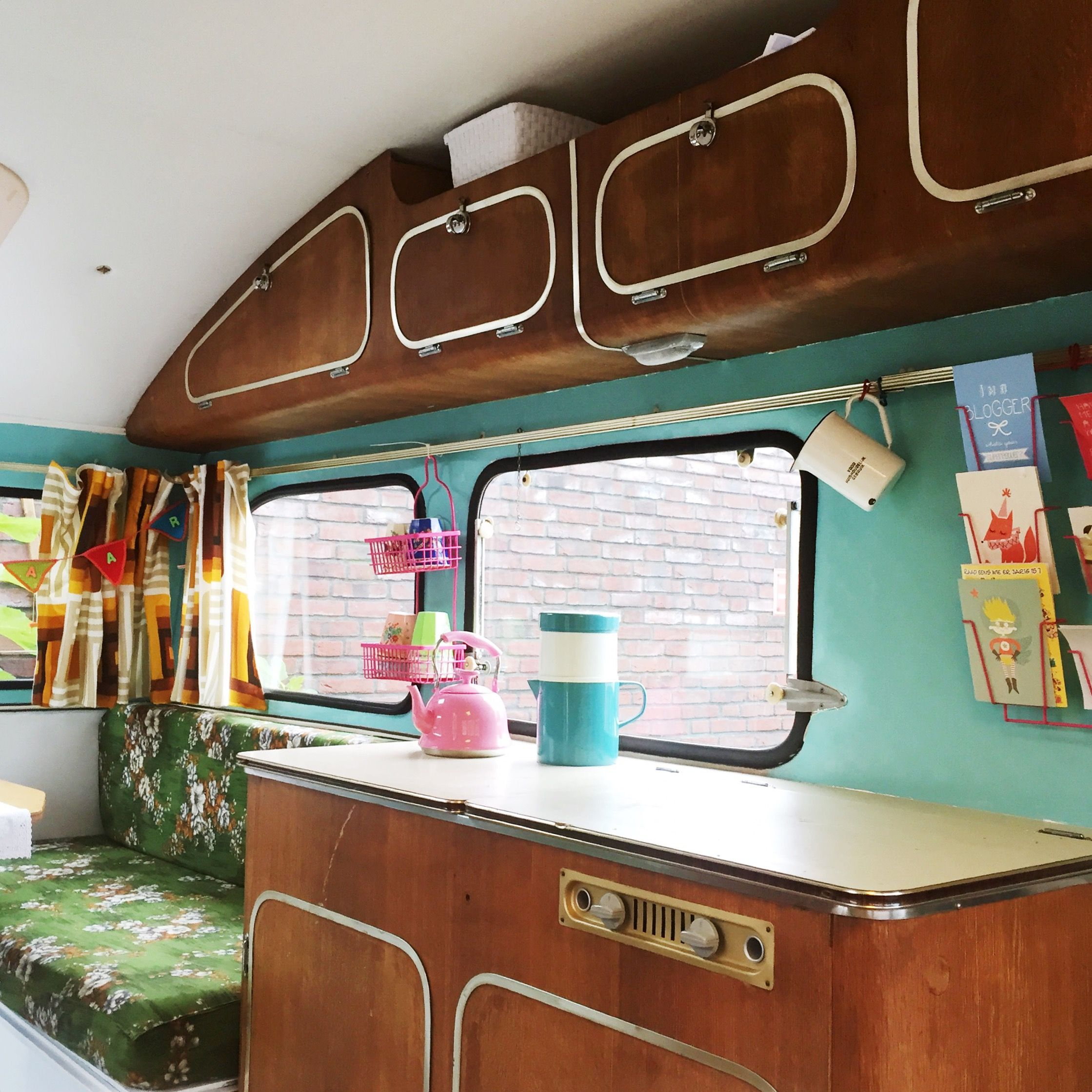constructam condor 1968 caravanity mycoolcaravan great way to go vintage pinterest. Black Bedroom Furniture Sets. Home Design Ideas