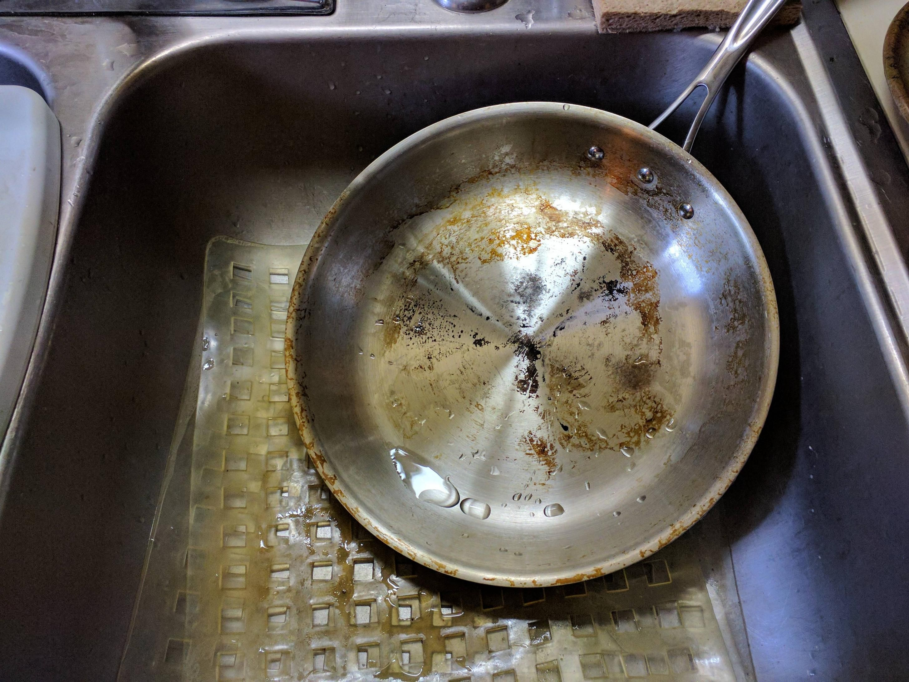 Piss poor cook messing up at home any suggestions on how to clean