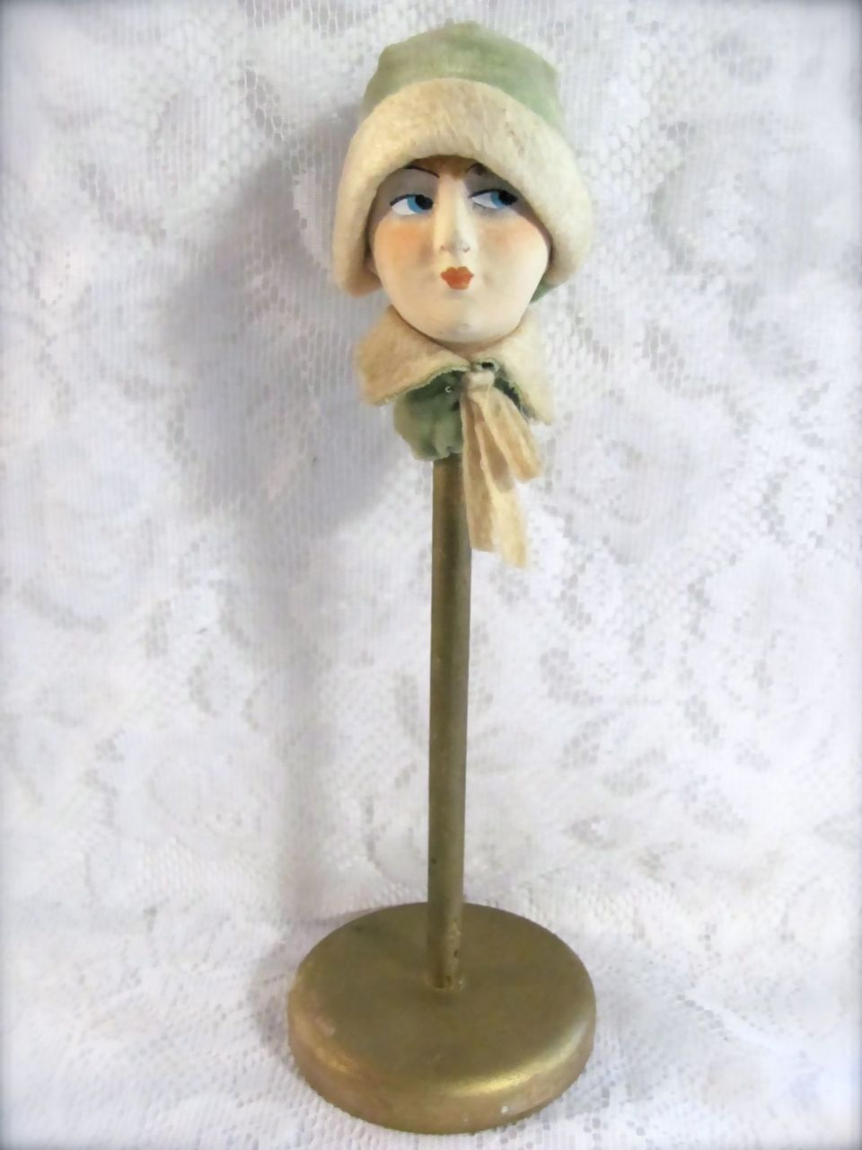 a387d4d8a07 Flapper Doll Head Hat Stand Vintage 1920s from barbgrrlzdolls on Ruby Lane