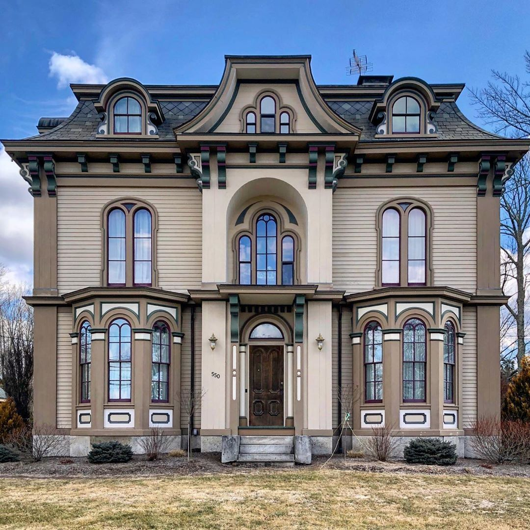 Buildings Of New England On Instagram Lemuel Cleveland House 1871 Second Empire One Of The Most Grand Ho In 2020 Cleveland House Grand Homes Victorian Homes