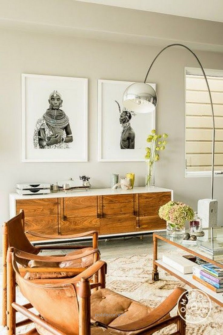 Take a look at this midcentury home decor that features a mid