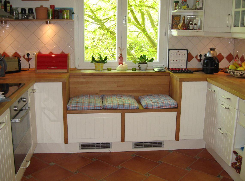 Küche Mit Integrierter Sitzbank | Esszimmer Mit Sitzgelegenheiten ...