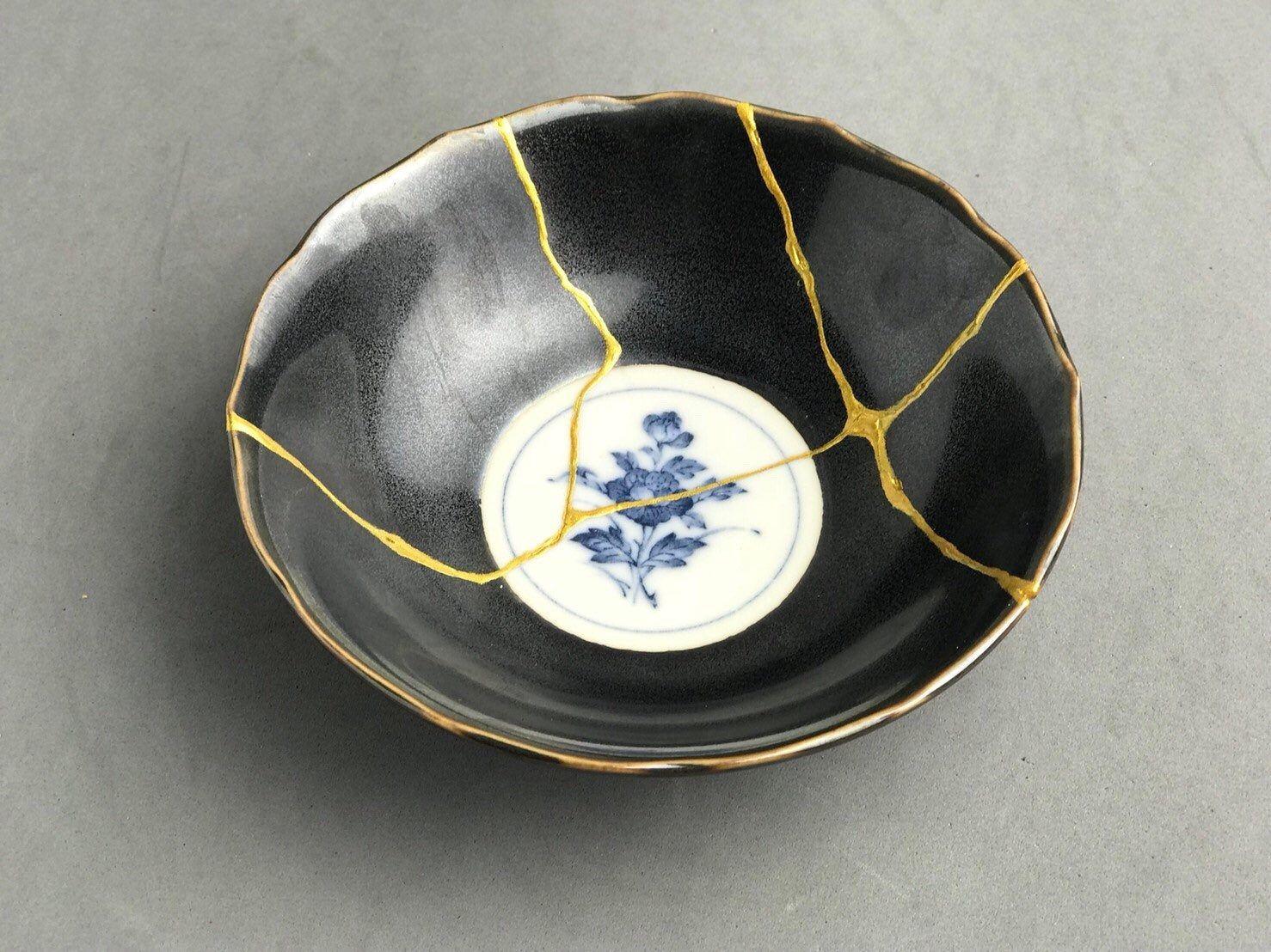 Kintsugi Gifts Kintsugi Bowl Japanese Art In Repairing With Gold A Broken Ceramic Japanese Ceramics Vintage Handmad Japanese Ceramics Kintsugi Japanese Art