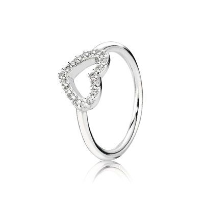 anello a forma di cuore pandora