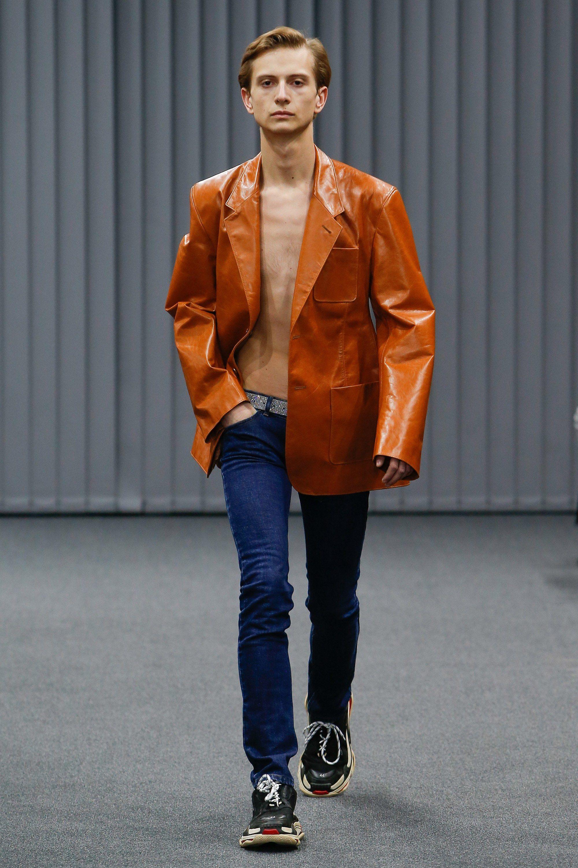 Balenciaga Fall 2017 Menswear Fashion Show Photographie De Mode, Balenciaga  Homme, Mode Homme Hiver 24d7fc0b84e