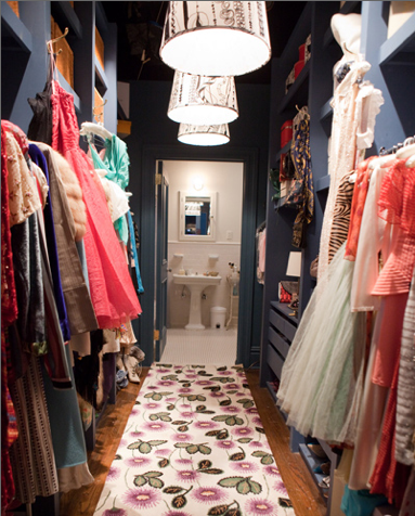 I Aspire To Have A Closet This Fabulous. #carriebradshaw