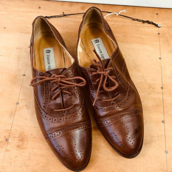 c9e5eb3be2755 Size 8/ Etienne Aigner Brown Leather Lace Up Oxford Shoes/ Vintage ...