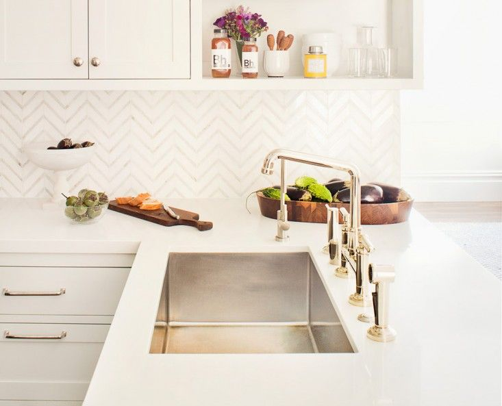 Perfect 10 Easy Pieces: Architectsu0027 Go To Traditional Kitchen Faucets