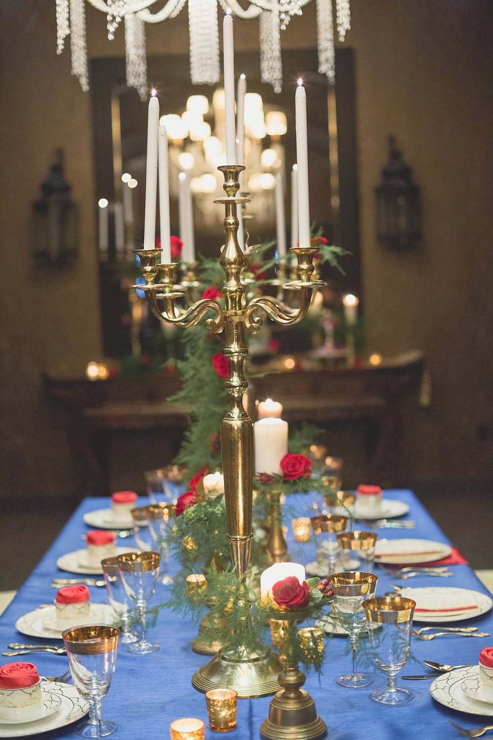 Beauty And The Beast Table Decor A Princess Inspired Blog Winter Red And Gold Christmas Decor Gold Christmas Decorations Wedding Beauty And The Beast