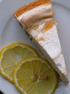 Lemon Meringue Cheesecake is the perfect light, delicious slice of heaven to bring to any backyard barbecue and really wow! #lemonmeringuecheesecake Lemon Meringue Cheesecake is the perfect light, delicious slice of heaven to bring to any backyard barbecue and really wow! #lemonmeringuecheesecake