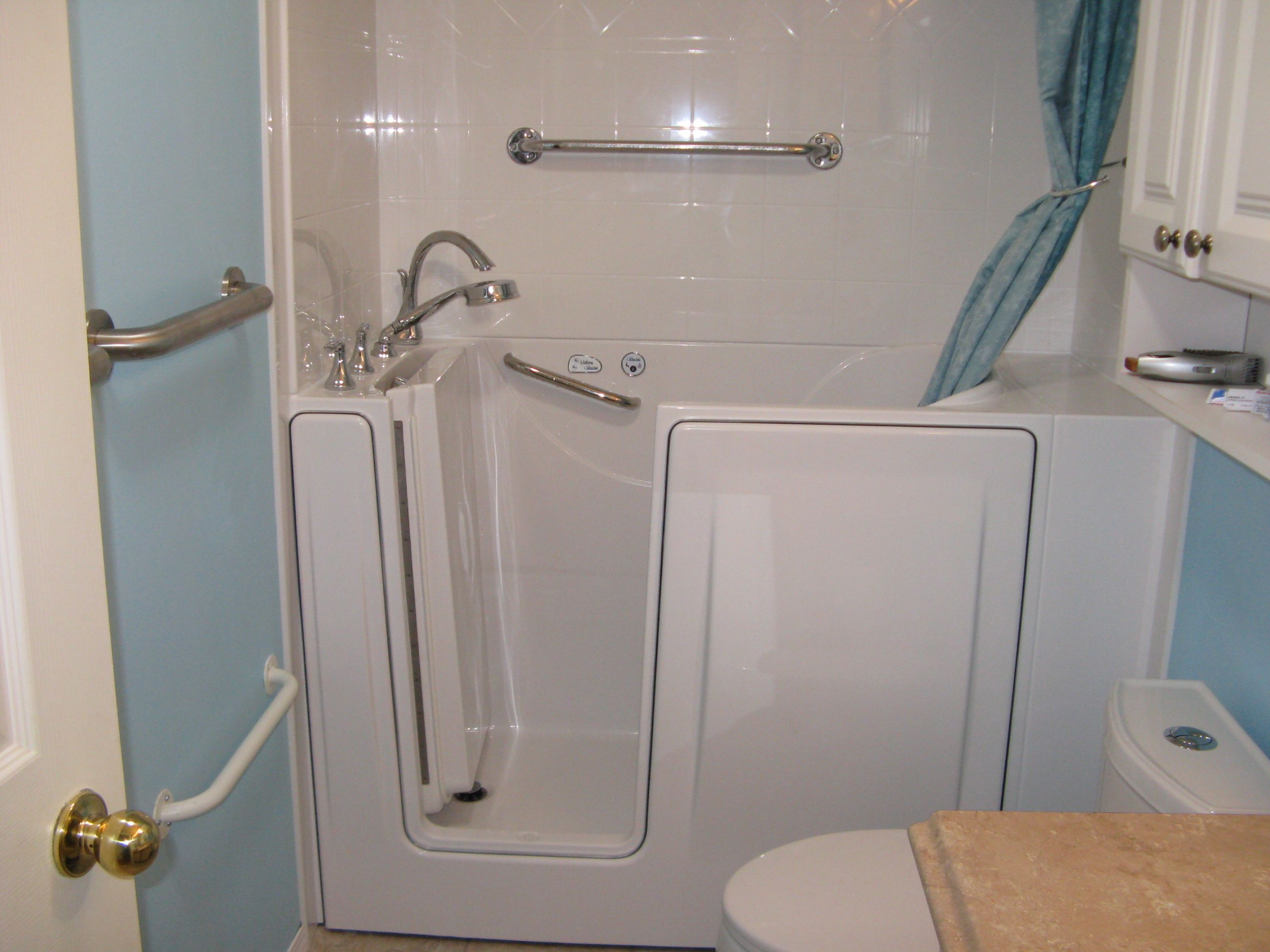 """Liberty Walk in Bathtub 26"""" wide to fit in small spaces and thru"""