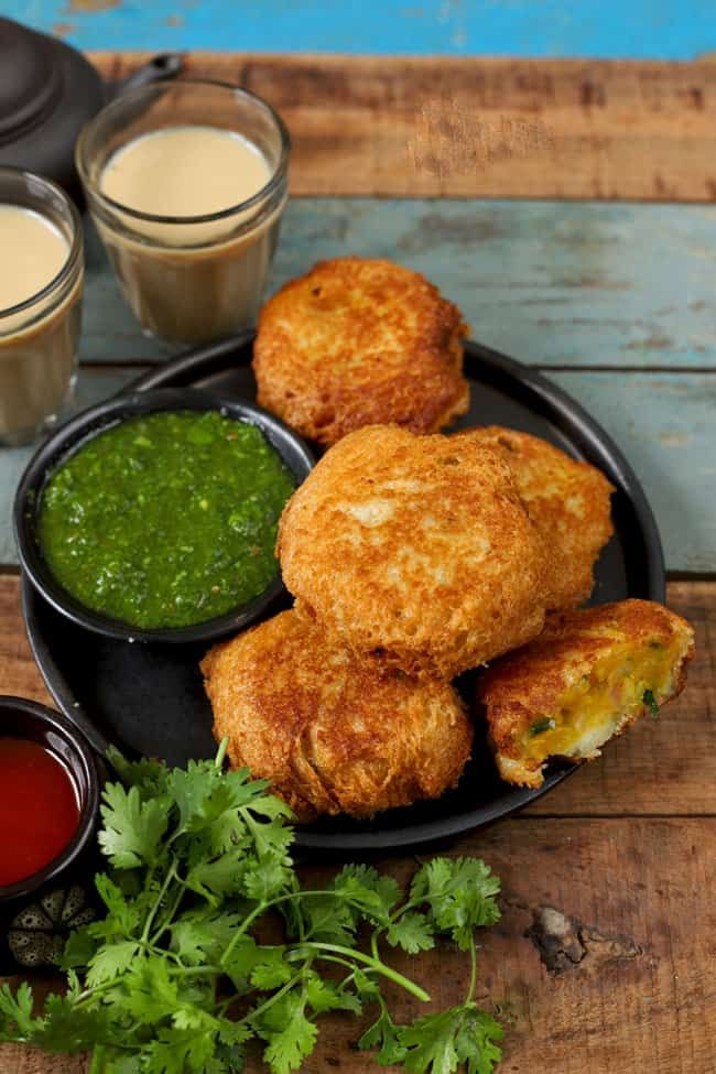 Bread Roll | Recipe | Indian breakfast, Food recipes ...