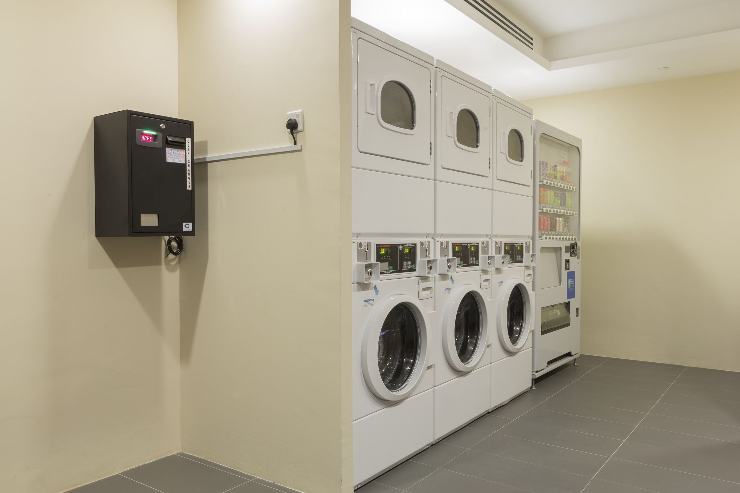 SelfService Laundry Room at Holiday Inn Express Singapore