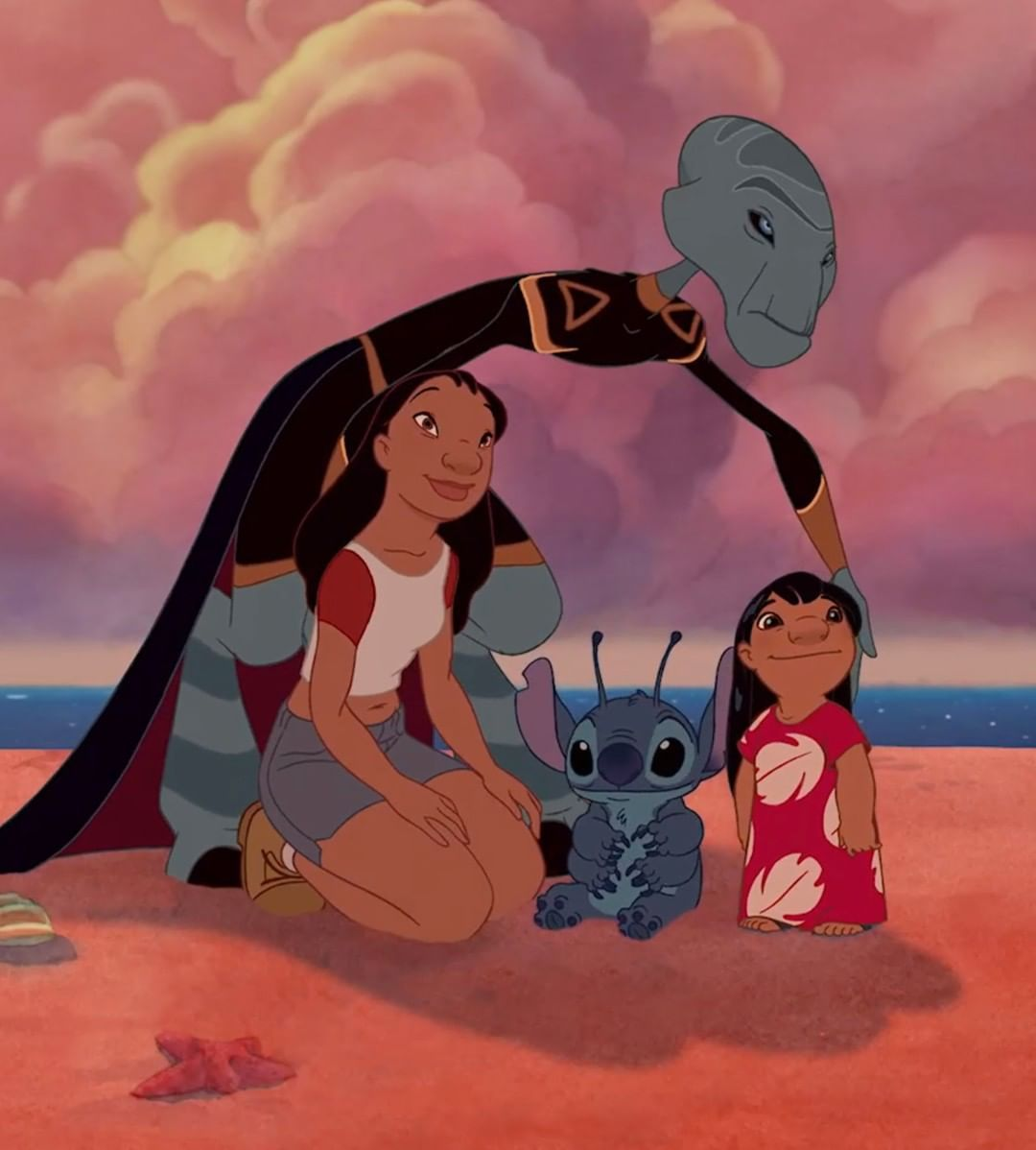 Nobody gets left behind. ❤️ Tag your 'ohana. #liloandstitch