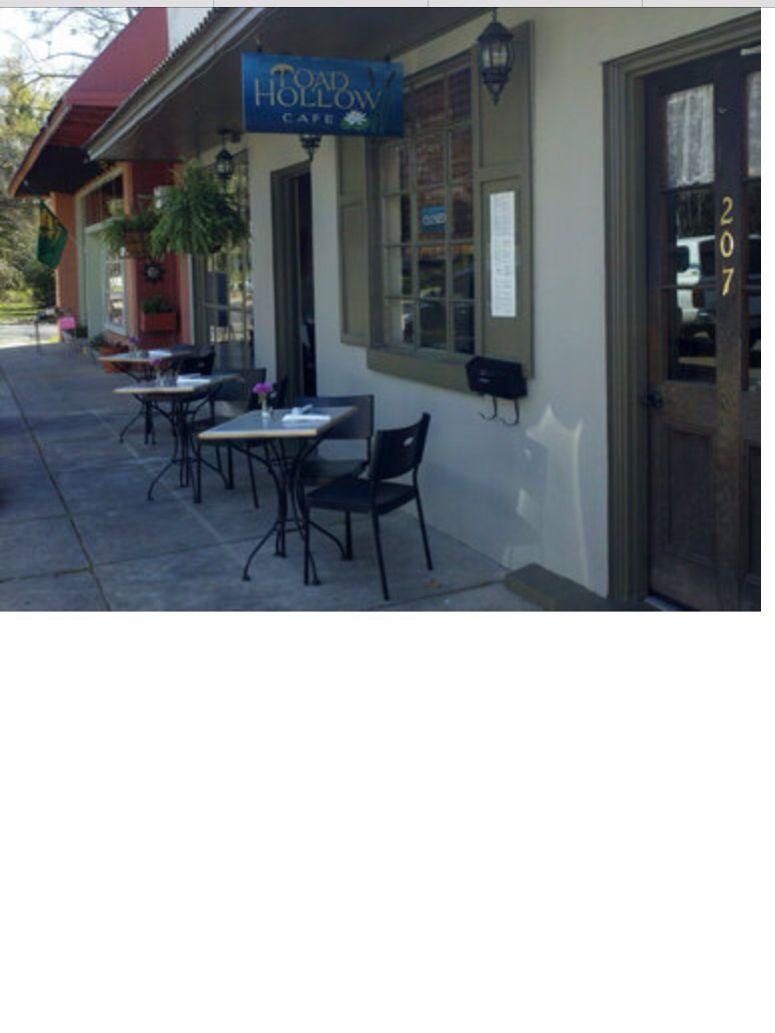 Toad Hollow In Downtown Covington La Favorite Restaurants