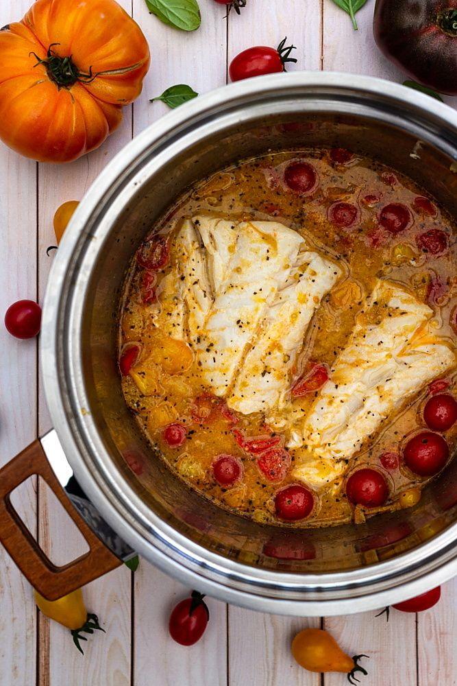 Cabillaud au vin blanc et tomates cerises - Amandine Cooking
