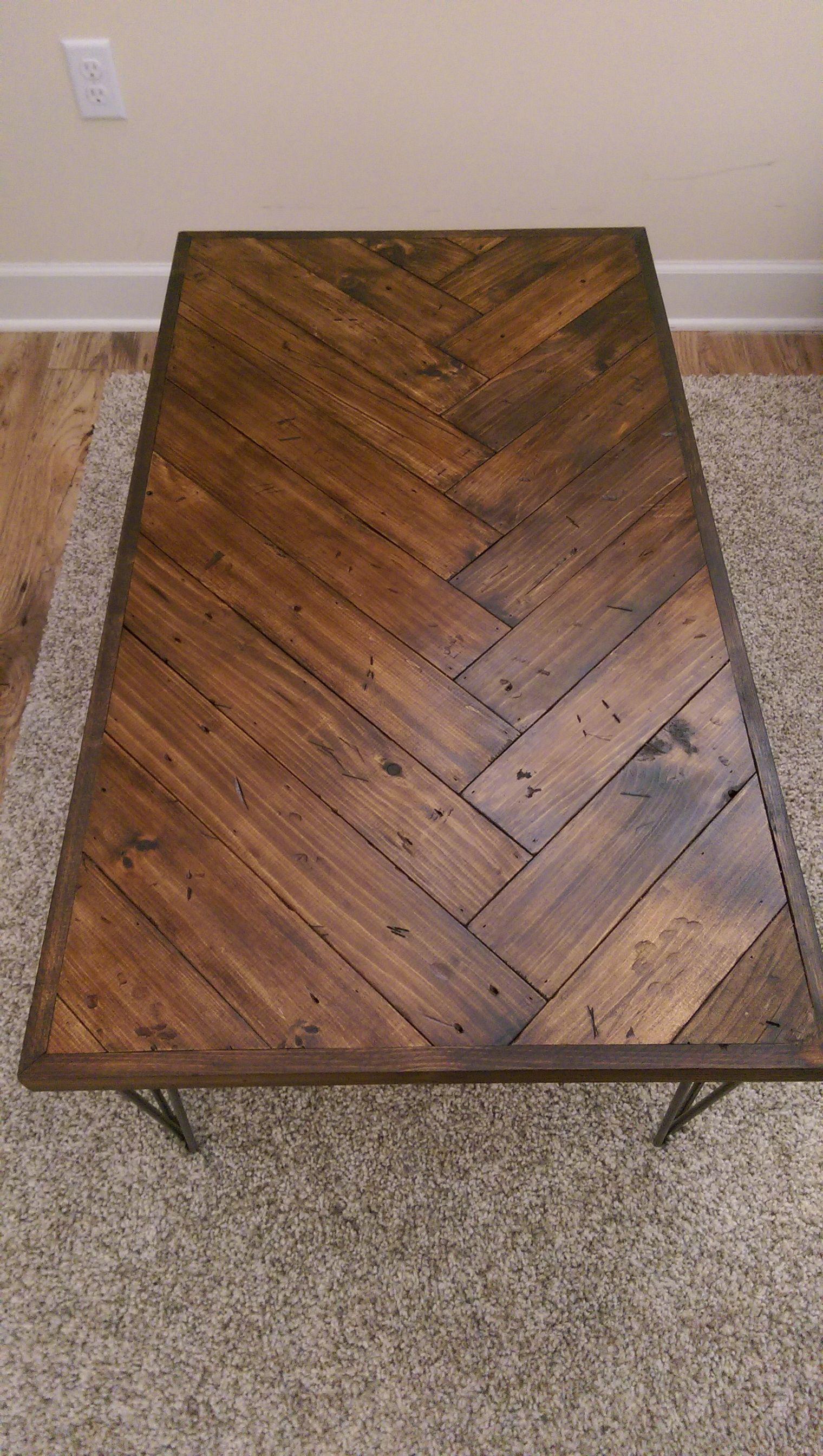 DIY Herringbone Coffee Table Diy coffee table, Coffee