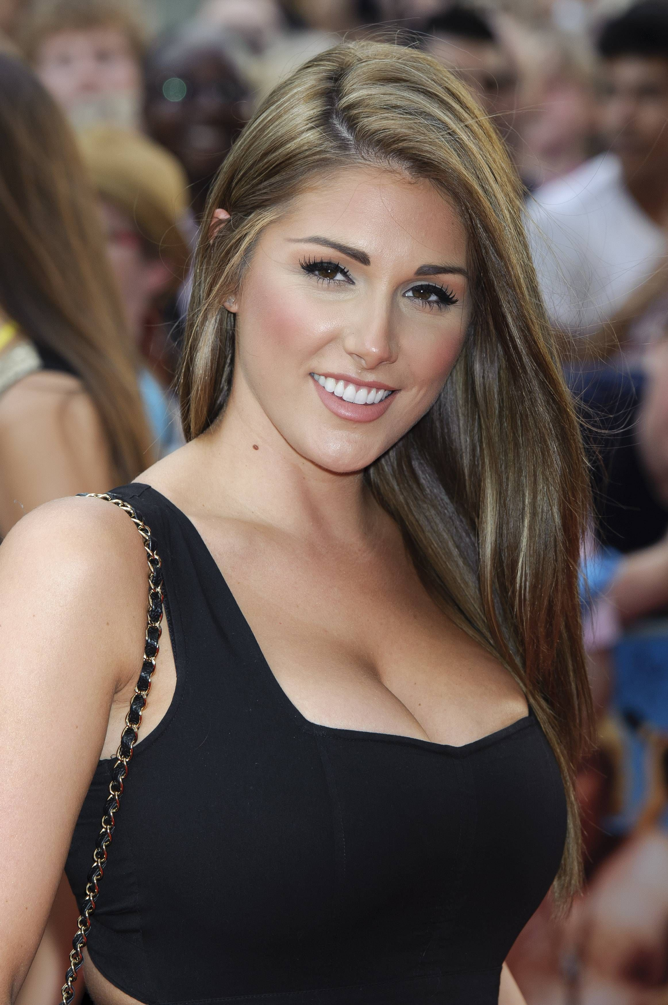 Hacked Lucy Pinder naked (96 foto and video), Ass, Sideboobs, Twitter, swimsuit 2006