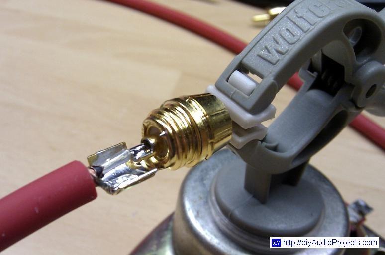 Soldering Wire To Rca Plug Diy Audio Projects Diy Amplifier Audio Storage