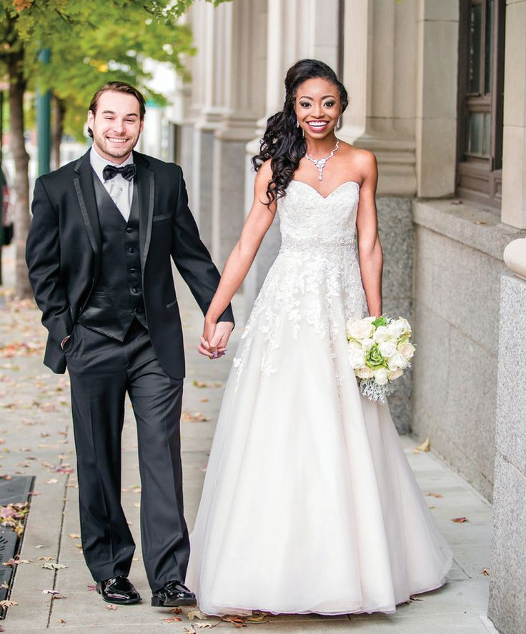 Ballew bridal and formal memphis bridal salon wedding such a gorgeous bride were loving this gown from ballew bridal click junglespirit Image collections