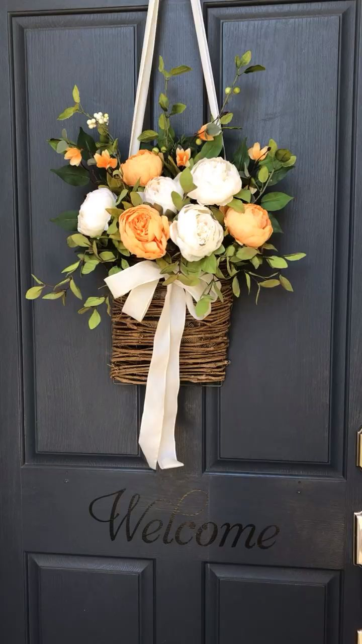 Photo of Orange dreams peony basket