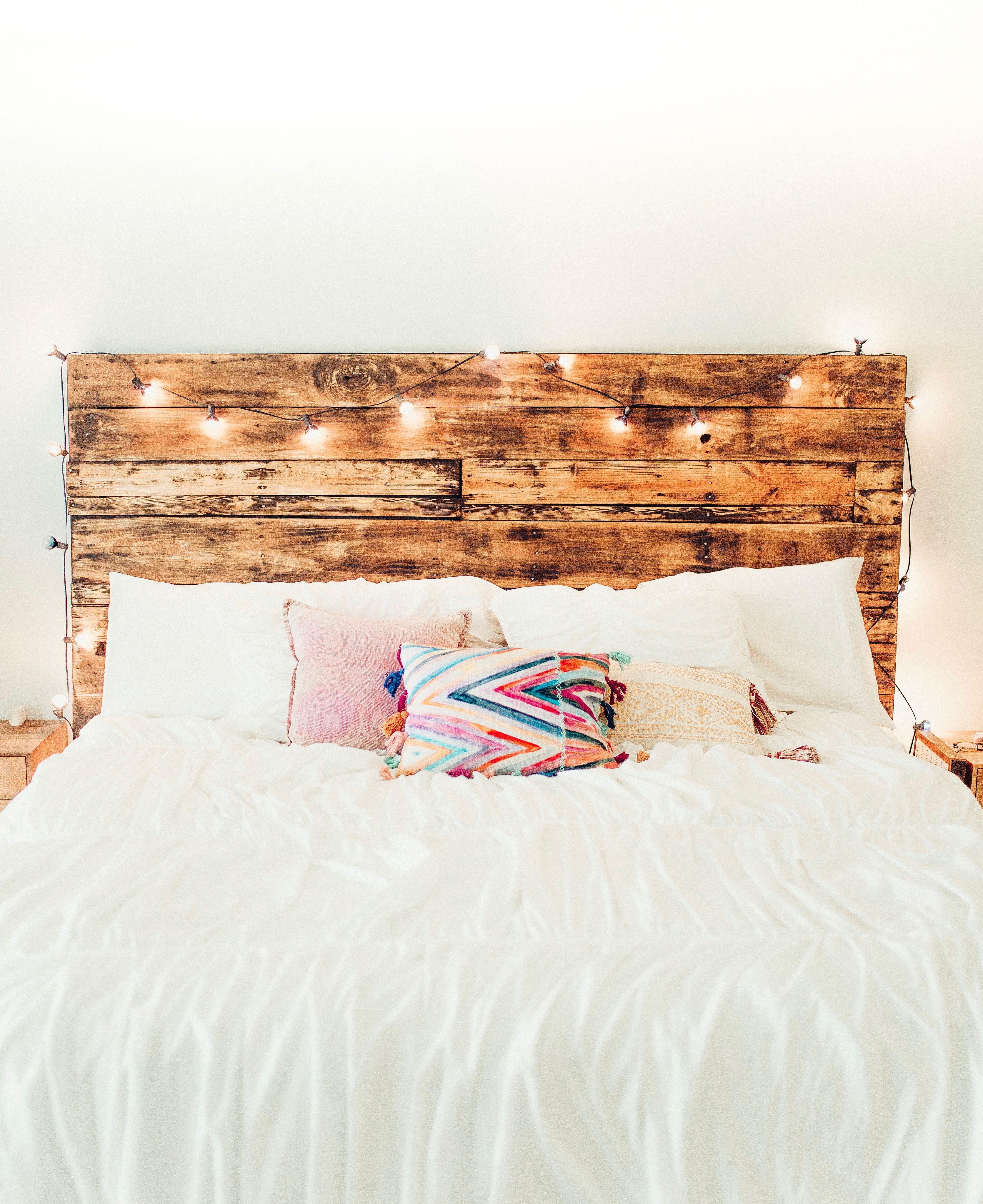 How To Make A DIY Pallet Headboard | Bohemian Farmhouse Decor |  Anthropologie Bedroom Inspiration |