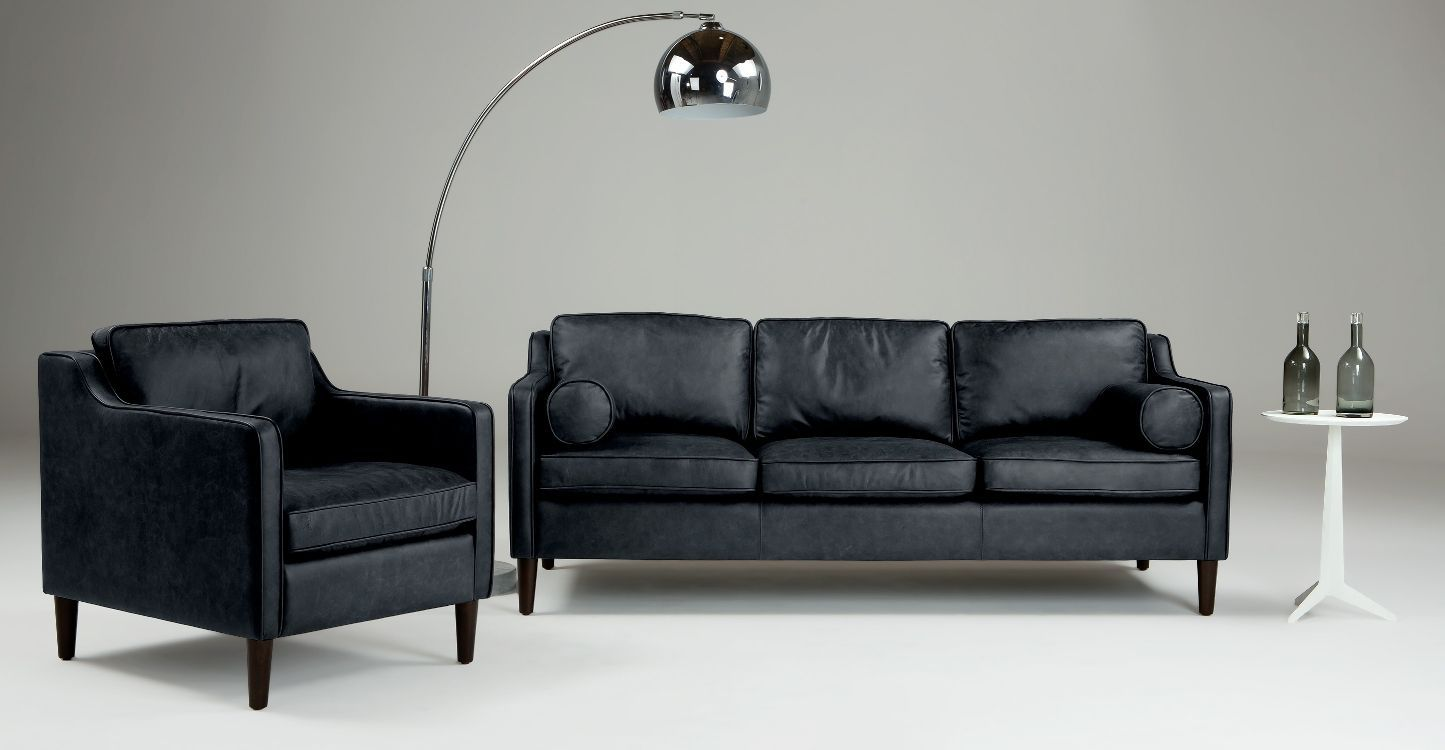 Black Leather Sofas For Small Spaces A Sign Of Elegance And Beauty Leather Sofa Sale Leather Sofa Sofas For Small Spaces