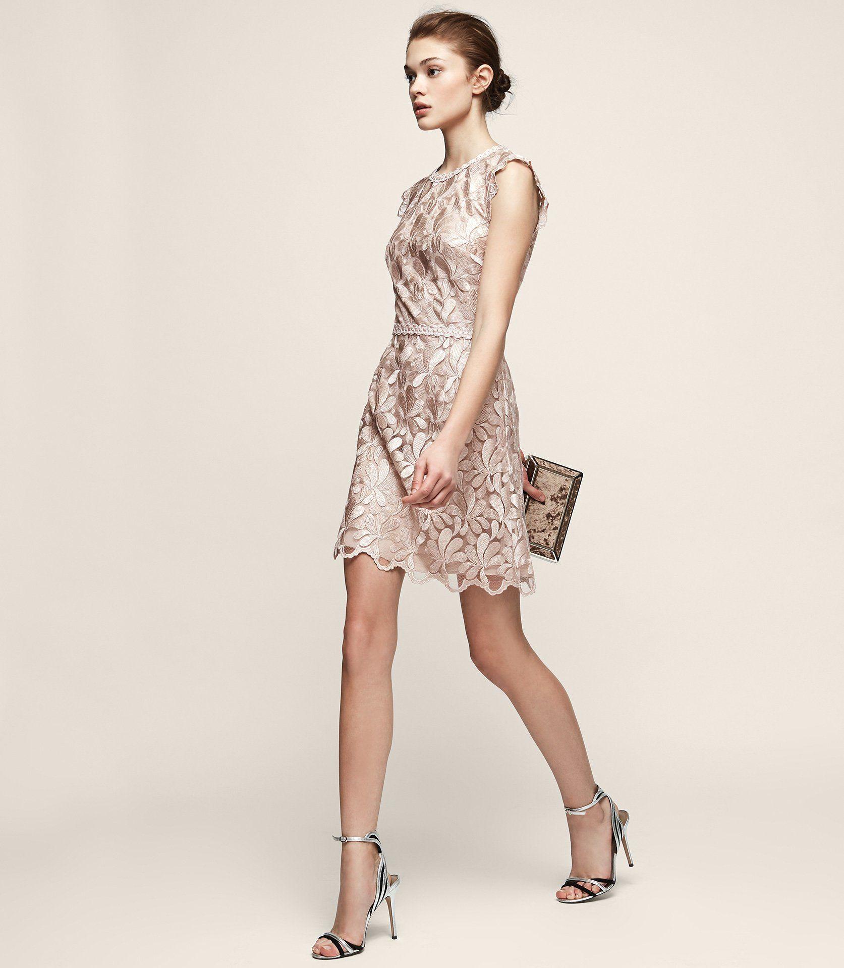 53dde238672 Sami Lace Open-Back Dress  ad - REISS