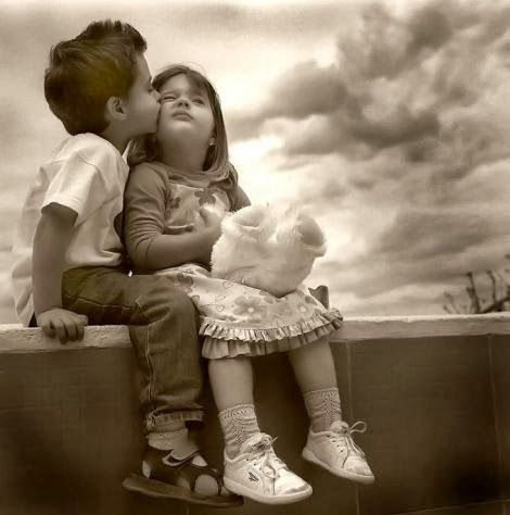 Cute Little Love Couple Pictures HD Free Download Cute Little Love Impressive Child Love Images Download