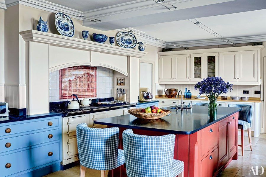 These Painted Kitchens Will Have You Craving Color | Cocinas