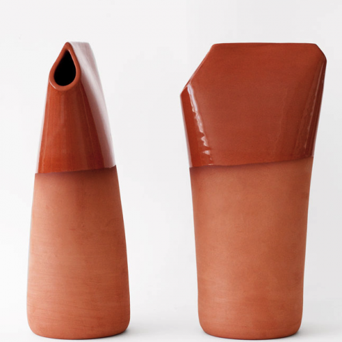 "Clay water storage ""Rebotijo"", inspired by Spanish designer Martin Azua 