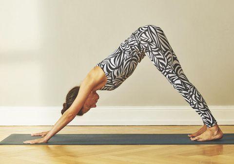 Yoga zum Aufwachen: Übungen für jeden Tag | BRIGITTE.de