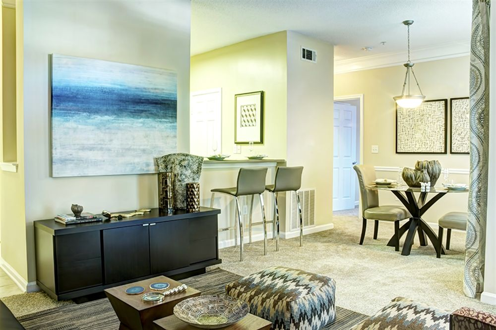 Can You Get An Apartment At 18 In Georgia Pin On Chelsea88apts