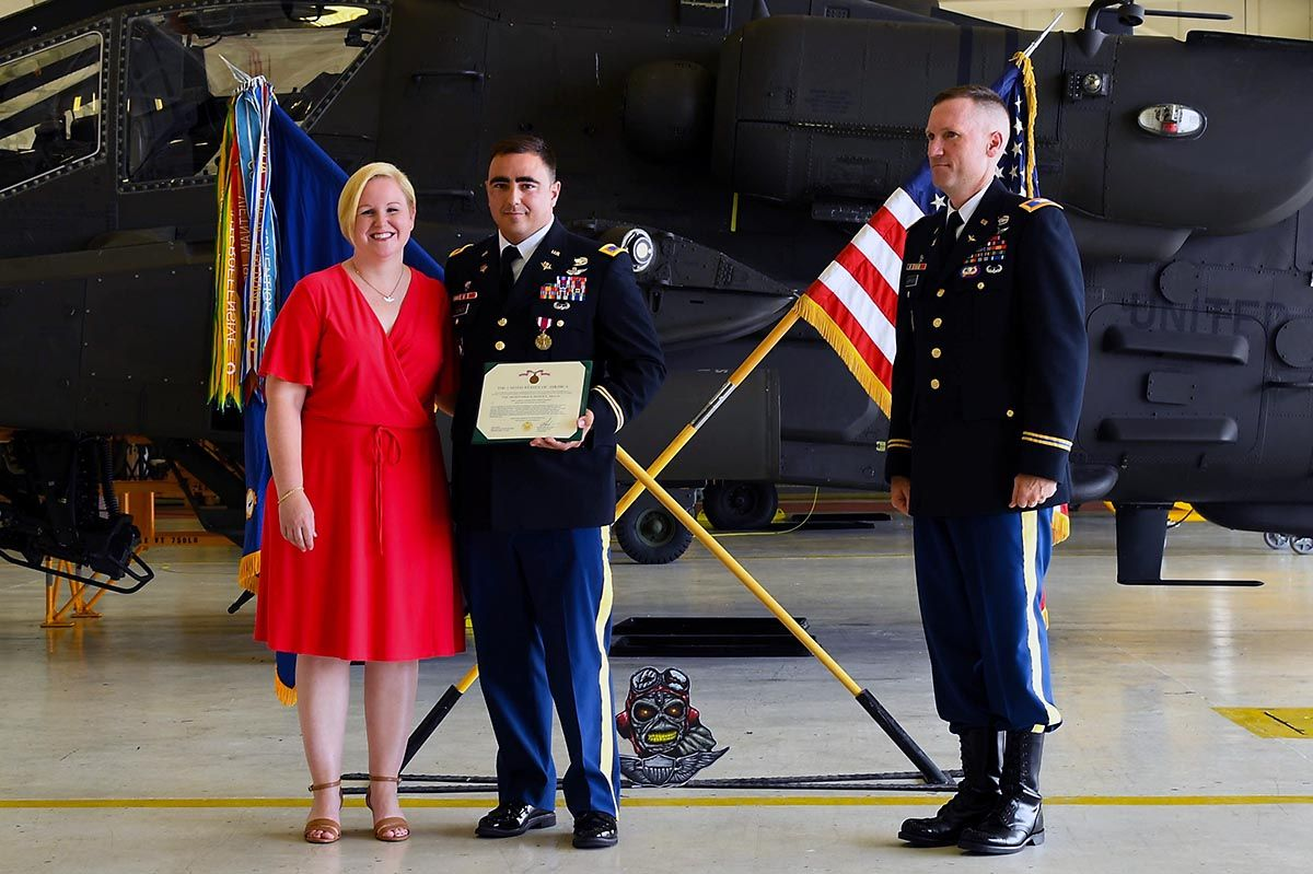 101st combat aviation brigade pilot returns to fort
