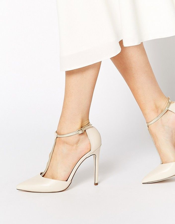 publicity spitze high heels wei high heel shoe bag and scarves. Black Bedroom Furniture Sets. Home Design Ideas