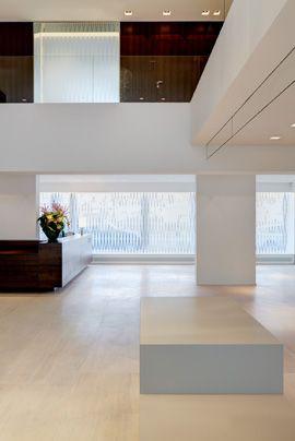Innenarchitektur Referat office design the hyposwiss bank in zürich by stemmle architekten