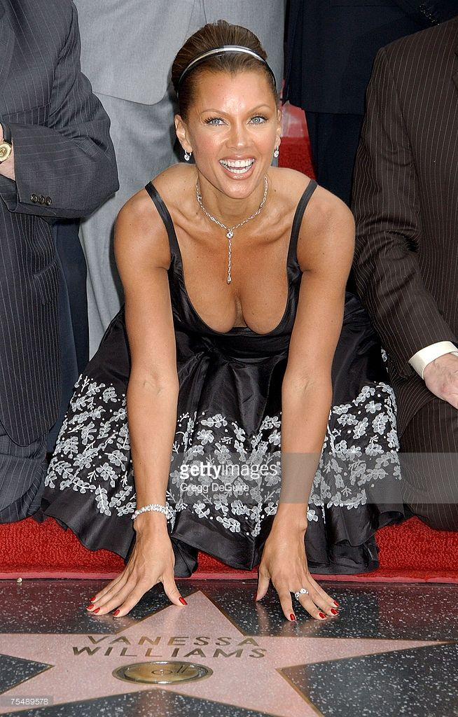 Paparazzi Cleavage Vanessa A. Williams  naked (88 pics), iCloud, lingerie