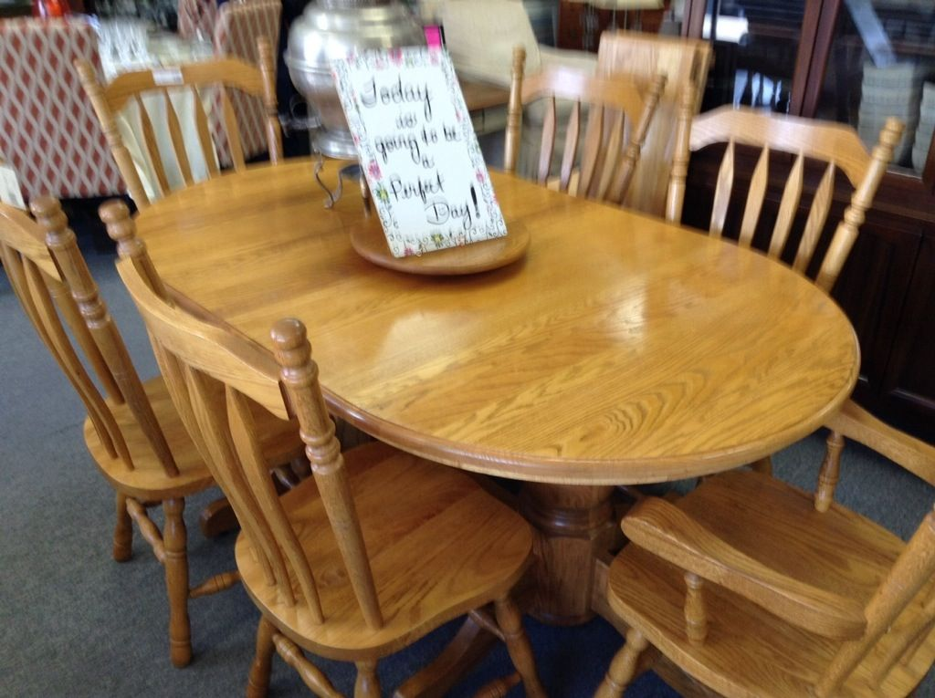 Solid Oak Dining Set Golden Table And 6 Chairs 2 Captains