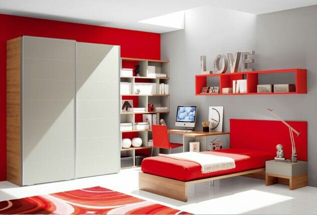 Bedroom decoration idea for Red lovers.