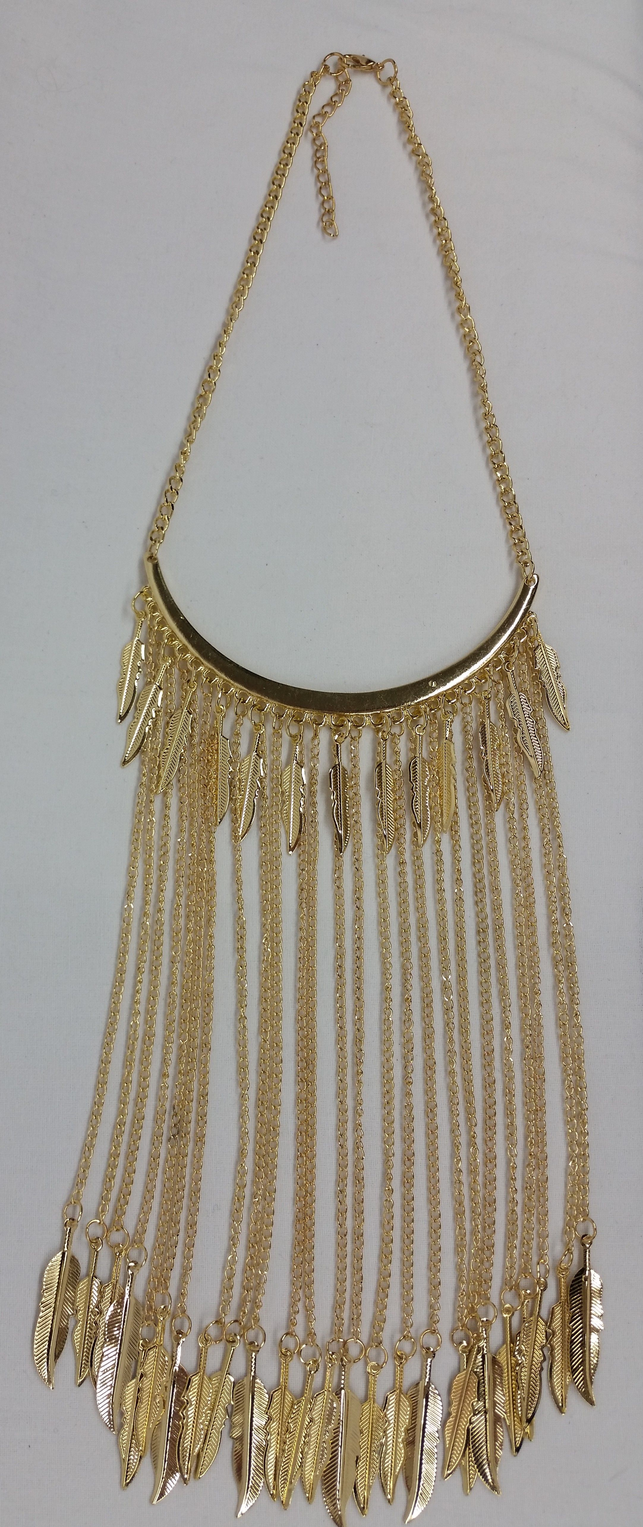 save up to 80% half price so cheap COLLIER PLASTRON DEMI-LUNE CHAÎNES PLUMES | Robes | Chokers ...