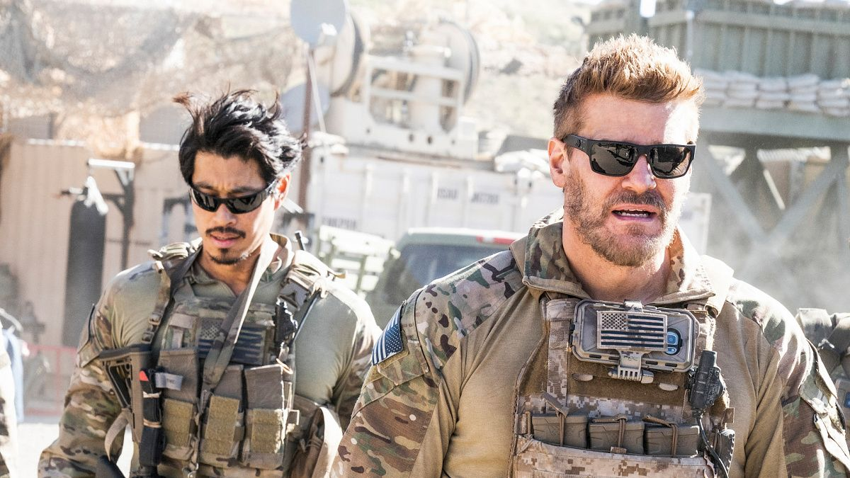 Watch Seal Team Season 3 Episode 18 In The Blind Full Show On Cbs All Access Teams Military Pictures Seal Team 6