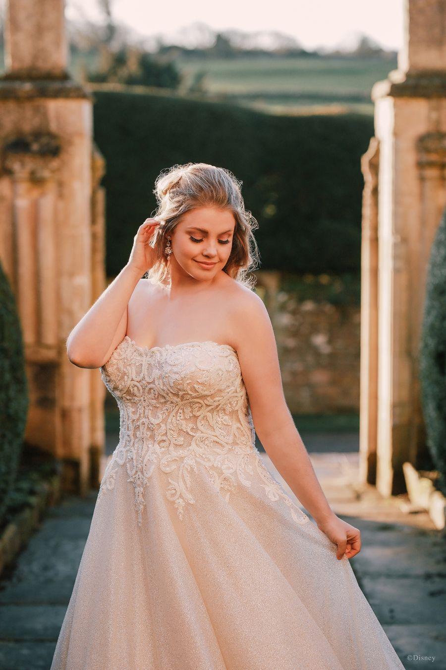 Style D293 Cinderella Allure Bridals In 2021 Disney Wedding Dresses Wedding Dresses Wedding Dresses Cinderella [ 1350 x 900 Pixel ]