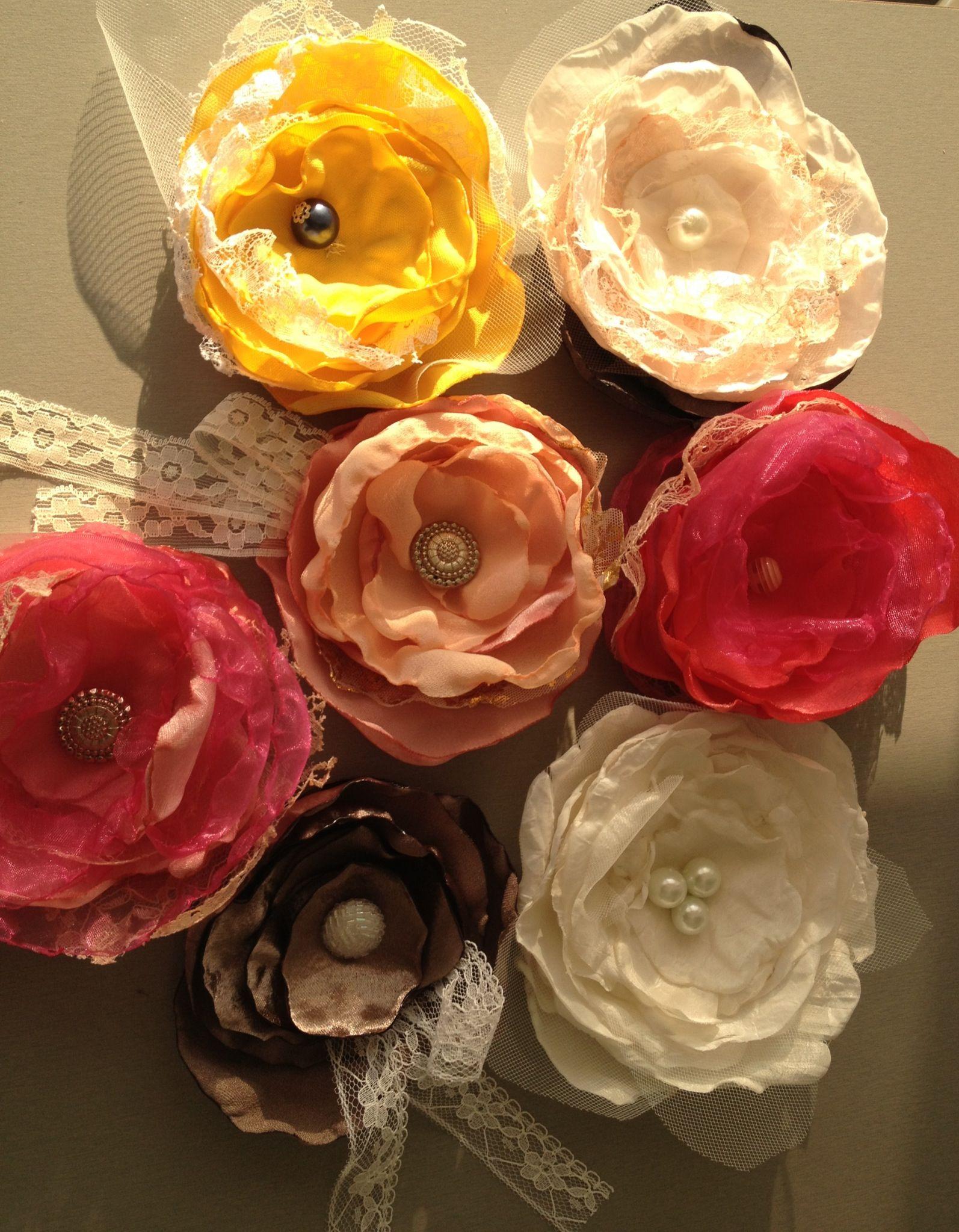 Diy fabric flowers pinterest fabric flowers fabrics diy fabric flowers izmirmasajfo Image collections